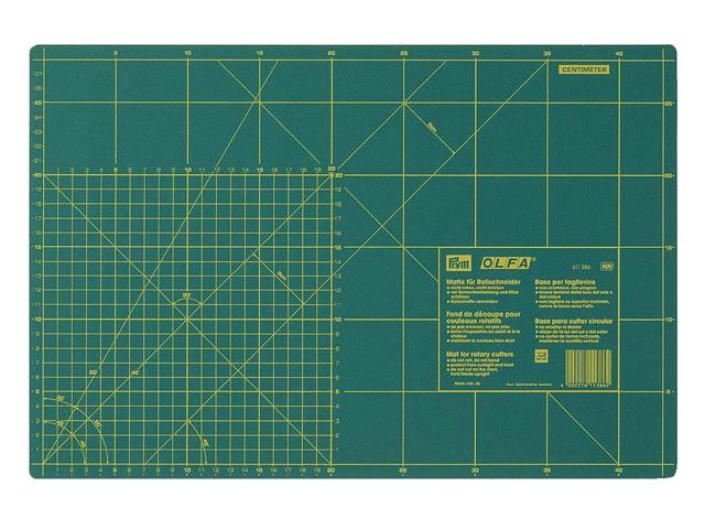 Prym Schneideunterlage cm/inch-Einteilung 30 x 45 cm